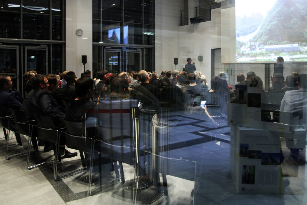 Event at the German Embassy Beijing: Getting to know each other speed dating style ©NAX, Fotografin: LI Xin