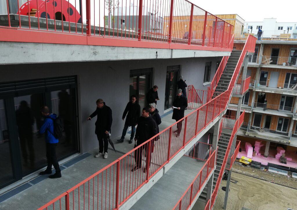 Den Auftakt machten Projektbesichtigungen im Wiener Sonnwendviertel.